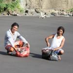 Plastic program at the beach